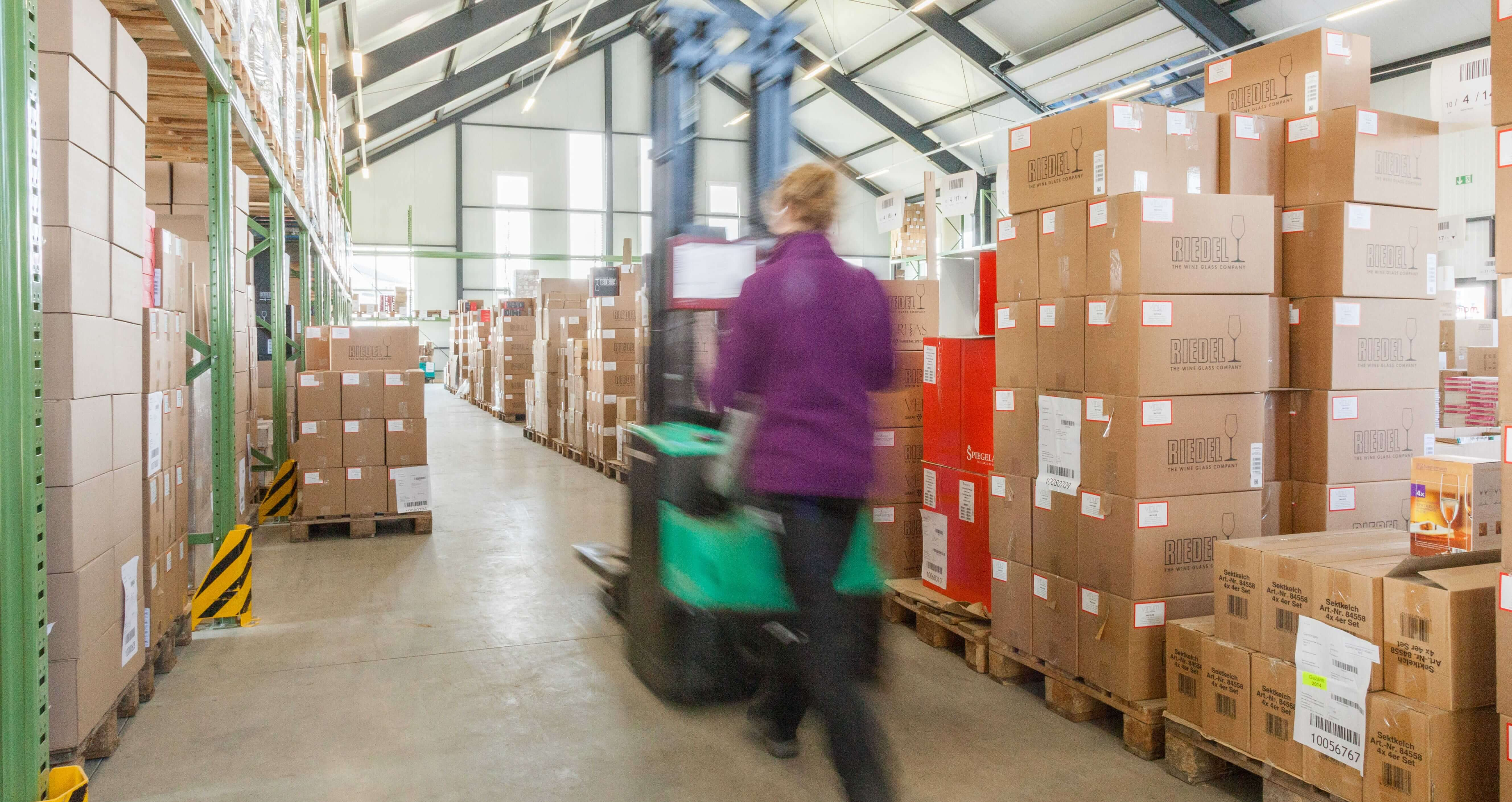 Fulfillment Warehouse Dropshipping VersandDienst